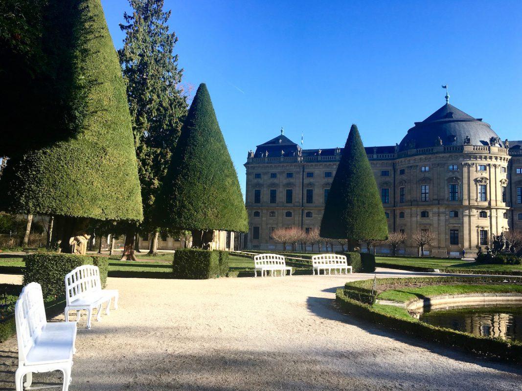 Auch der Hofgarten der Residenz eignet sich perfekt, um kurz zu entspannen. Foto: Larissa Noack