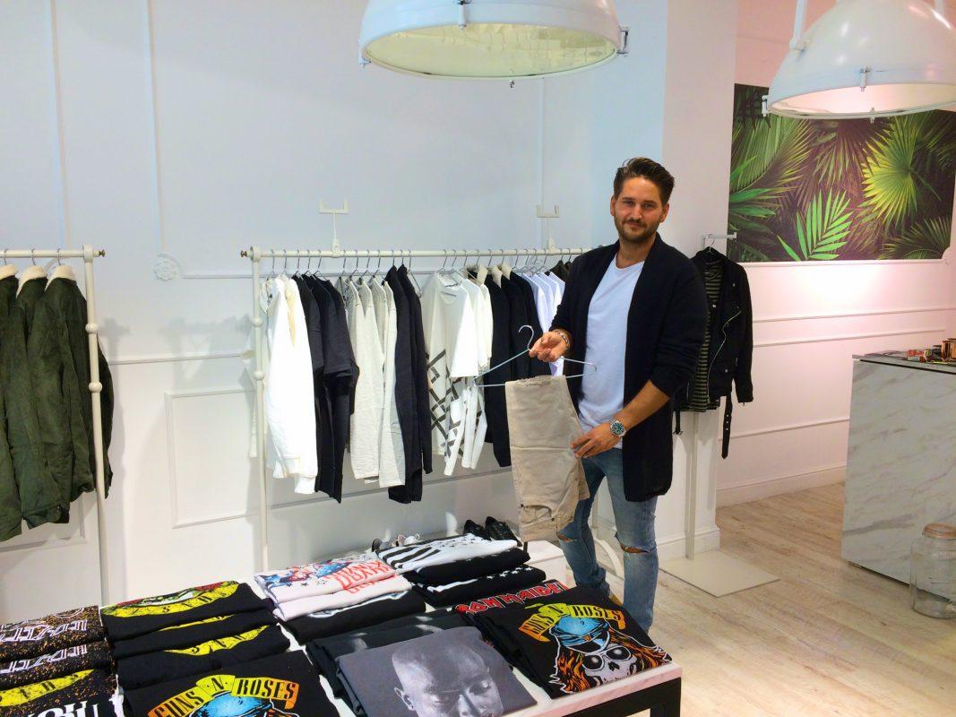 Der Inhaber von Avenue Clothing - Lucas Auinger. Foto: Anna