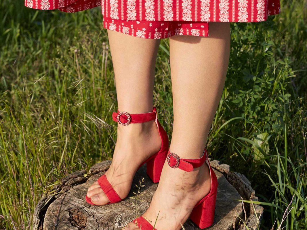 Die Röcke werden länger. Foto: Zalando