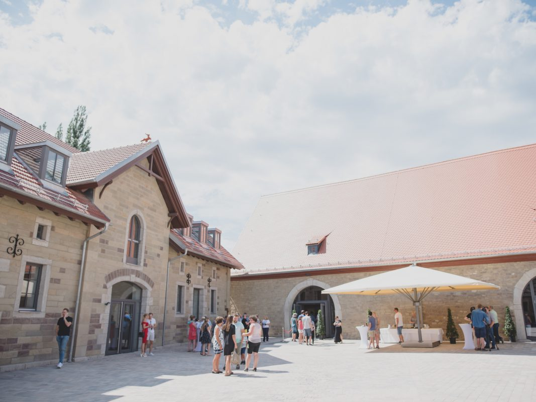 Komm zur großen Eröffnung!. Foto: Gut Wöllried