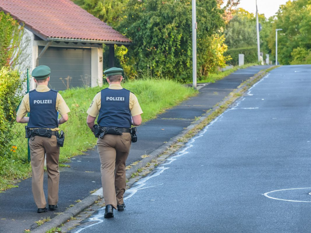 580 fahrzeuge in mainfranken zerkratzt polizei setzt belohnung aus w rzburg erleben. Black Bedroom Furniture Sets. Home Design Ideas